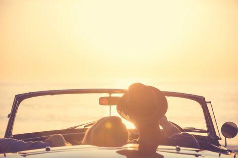 Automotive design, Eyewear, Automotive exterior, Vehicle, Yellow, Sky, Car, Windshield, Auto part, Vintage car,