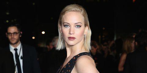Hair, Face, Eyebrow, Blond, Lip, Beauty, Fashion, Hairstyle, Skin, Chin,