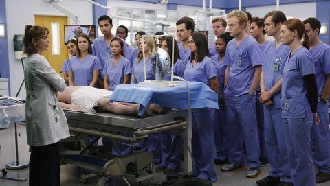 Medical assistant, Job, Room, Service, Organ, Event, Team, Scrubs, Hospital, Nursing,