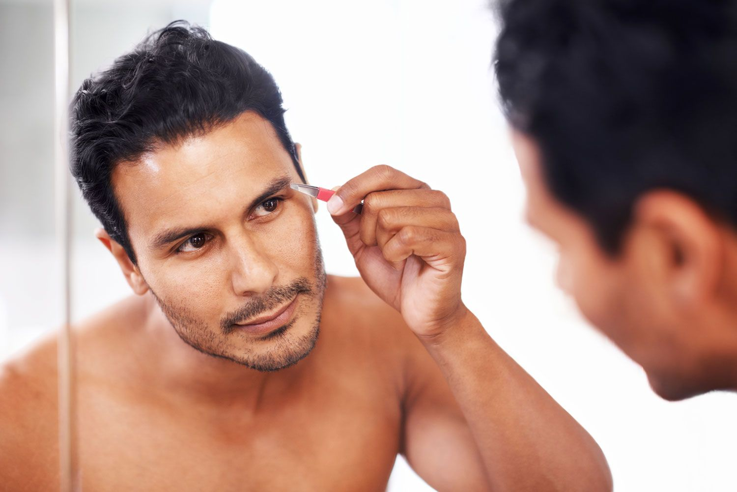How To Trim Your Eyebrows Brow Trimmers And Scissors For Men
