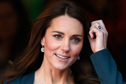 キャサリン妃に贈られたサファイヤのリング