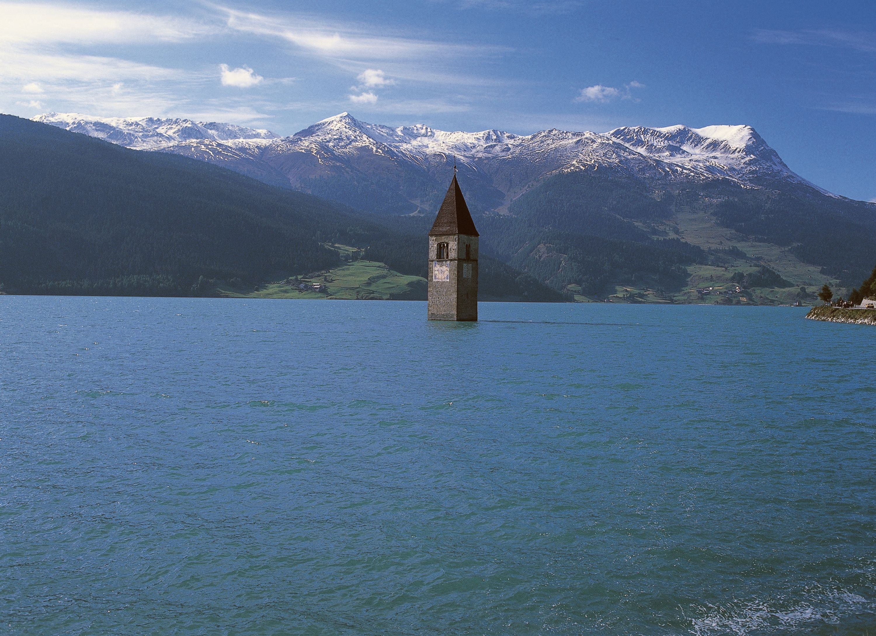 A Lost Italian Village Just Emerged After More Than 70 Years Underwater