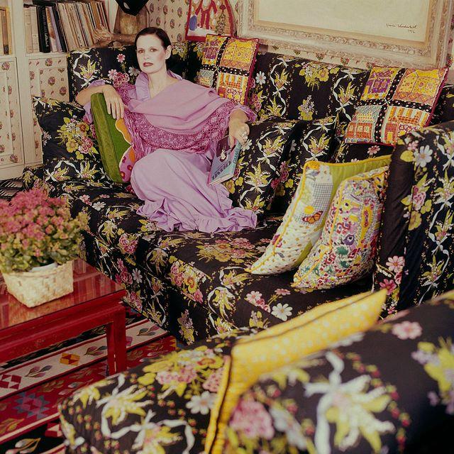gloria vanderbilt in her home vogue