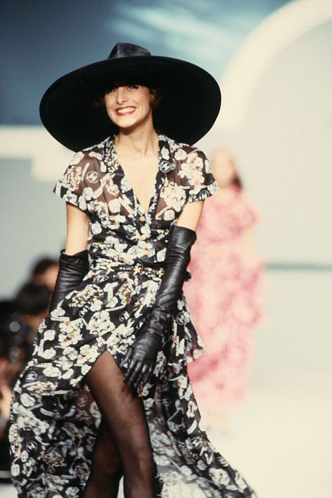 Chanel - Runway - Ready To Wear Spring/Summer 1989-1990