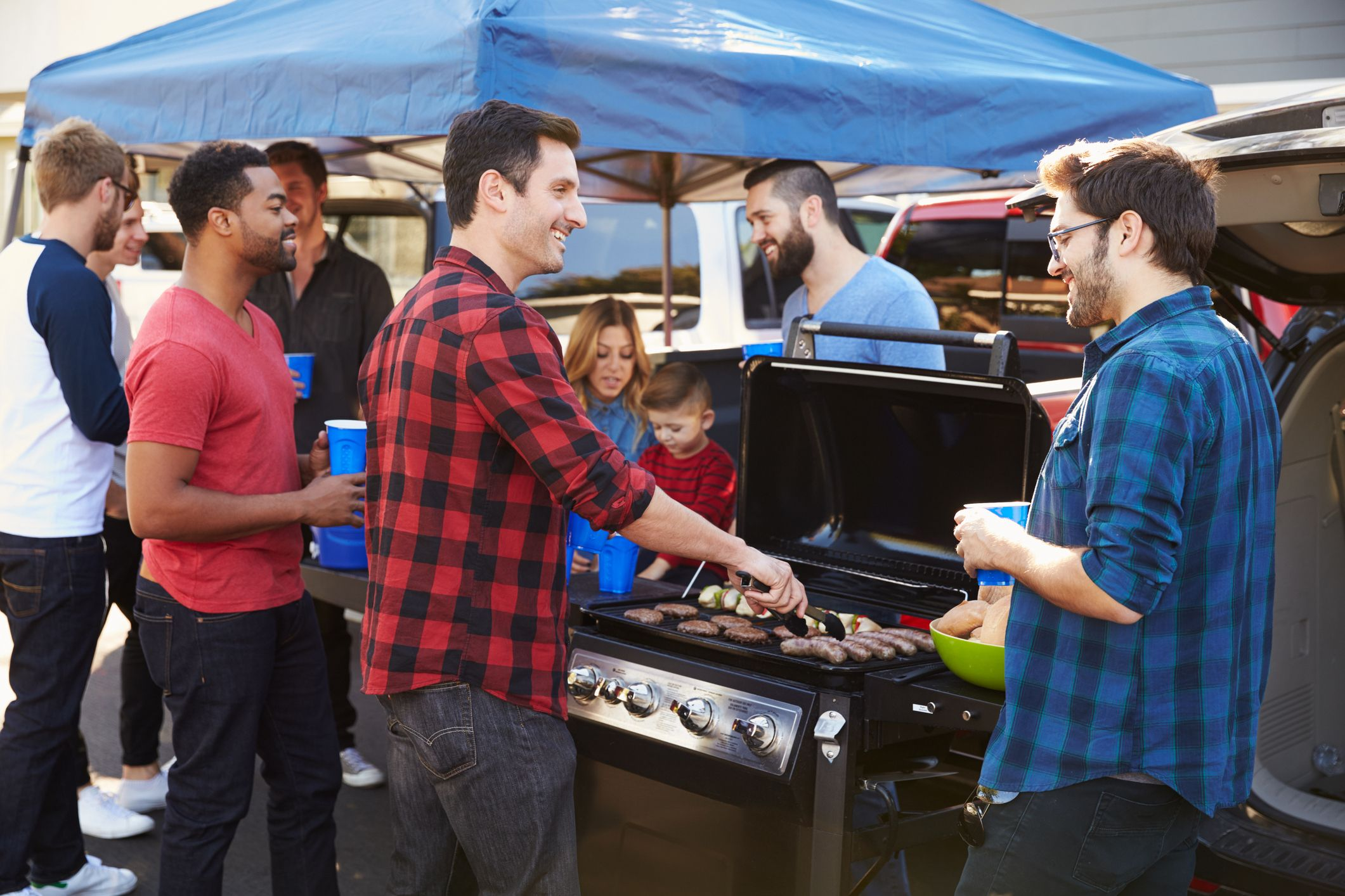 Tailgating 101: The Best Gear for Football Season