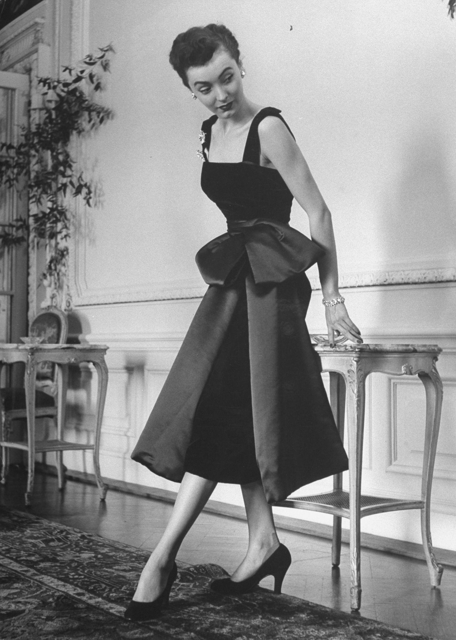 Charting Christian Dior S Most Iconic Looks Throughout The Years Most Famous Christian Dior Designs