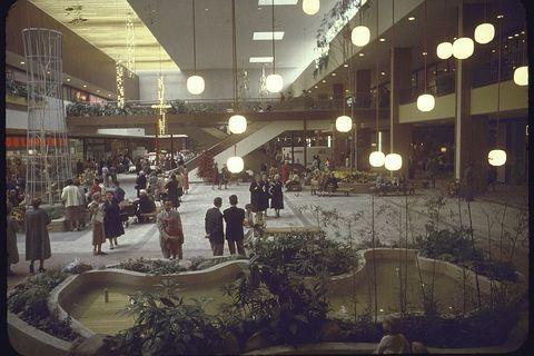 Shoppers in interior Garden Court w. vie