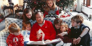 george h w bush with grandchildren