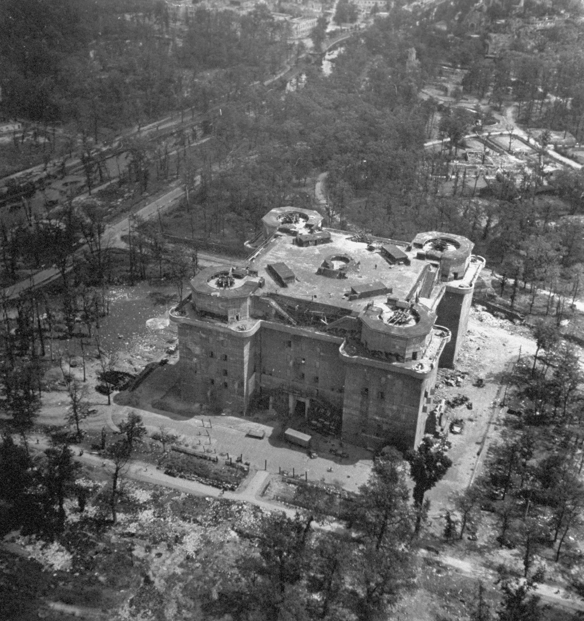 The Fearsome Nazi Tower That Held Off the Allies in Berlin