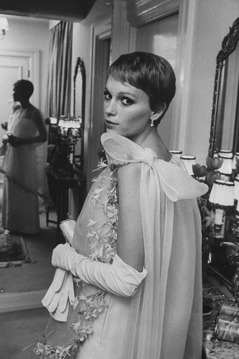 A Look Back At All Of Mia Farrow S Iconic Moments Mia Farrow Pictures