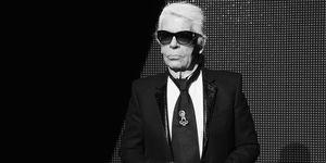 時尚傳奇「老佛爺」卡爾拉格斐(Karl Lagerfeld)在19日時驚傳趣事於巴黎醫院,享壽85歲。死有重於泰山,卡爾的離開意味著一個時代的結束,所有曾和他接觸過的明星、模特、設計師等無不在社群媒體上哀悼。回顧他生前的訪問,不難發現他是一個工作狂和控制狂,原來他早在去世前就想好自己的後事。