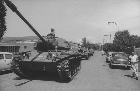 Combat vehicle, Tank, Motor vehicle, Self-propelled artillery, Vehicle, Military vehicle, Mode of transport, Armored car, Churchill tank, Army,