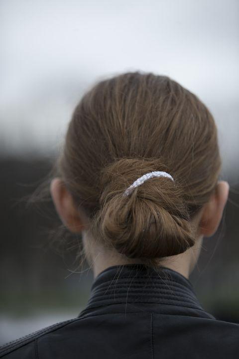Hair, Hairstyle, Chignon, Bun, Long hair, Neck, Braid,