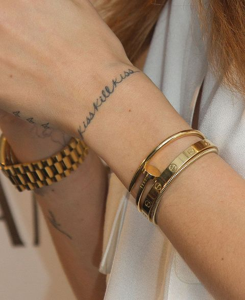 Bracelet, Wrist, Jewellery, Fashion accessory, Arm, Bangle, Finger, Fashion, Hand, Body jewelry,