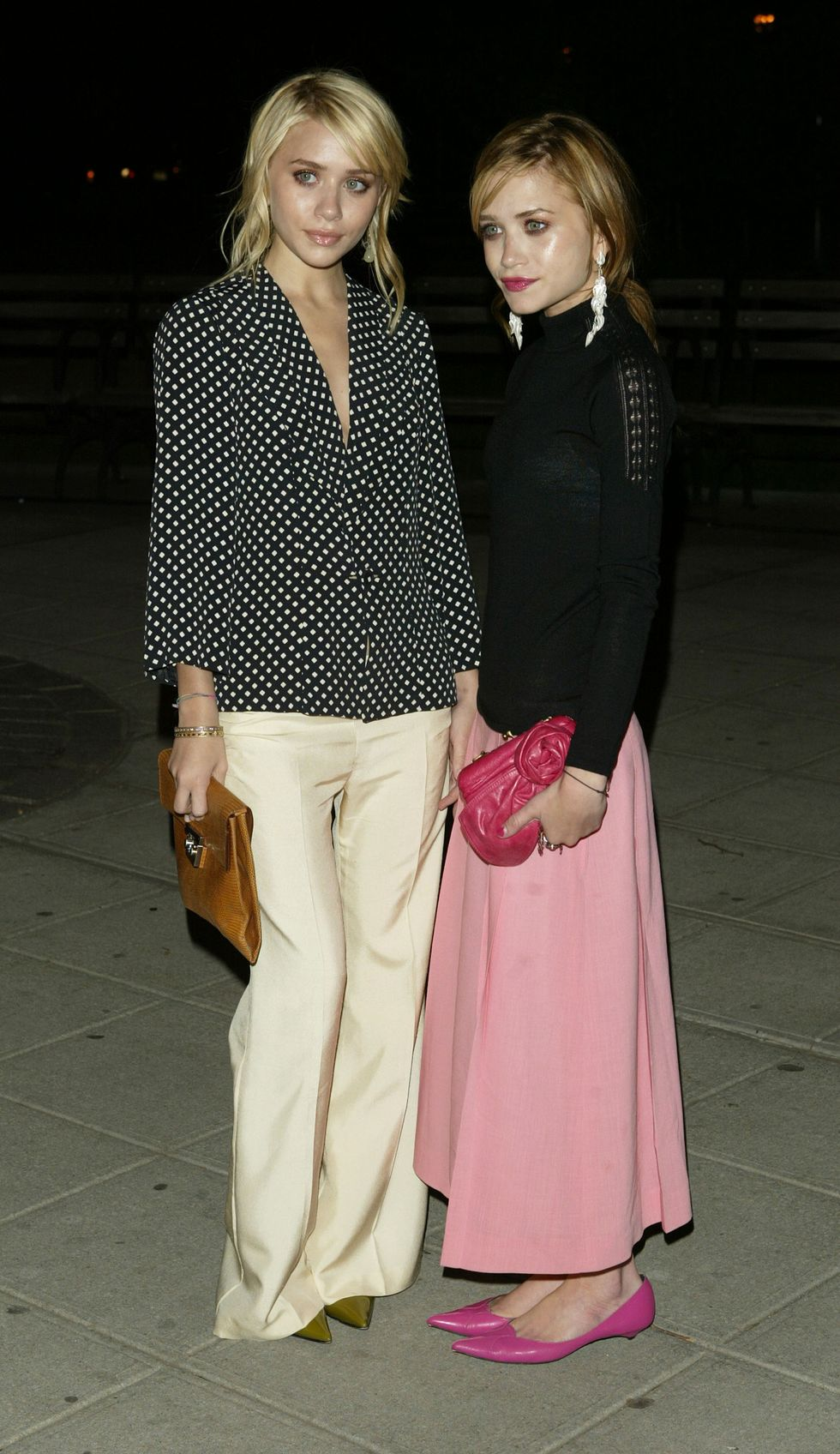 May 4, 2004 At the Vanity Fair Tribeca Film Festival party, Mary-Kate wore pops of pink, while Ashley preferred more neutral shades.
