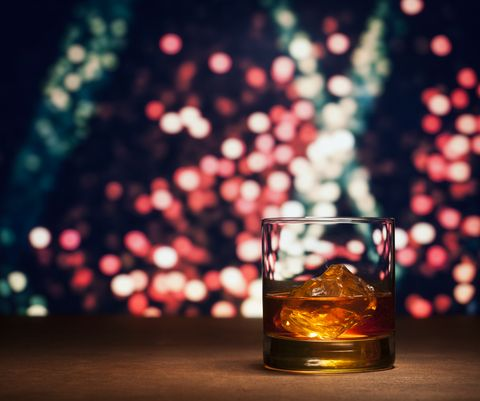 Drink, Liqueur, Alcoholic beverage, Distilled beverage, Old fashioned glass, Whisky, Alcohol, Still life photography, Glass, Still life,