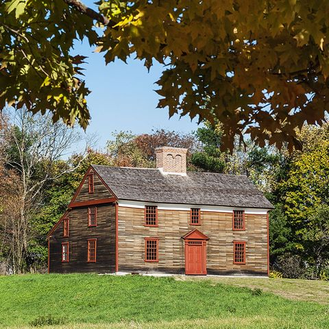 colonial style house explainer