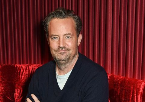 friends star matthew perry is engaged