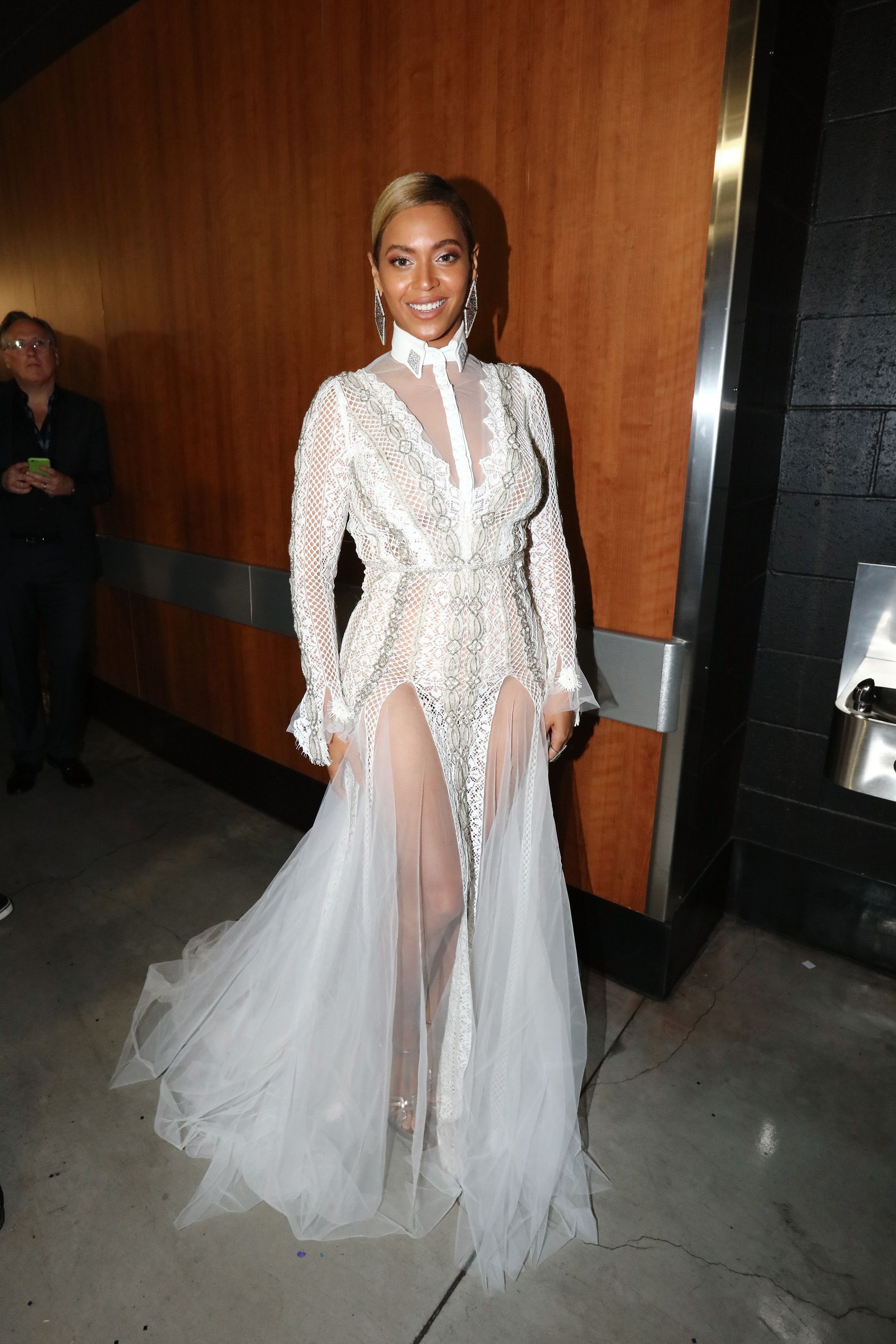 Beyonce Reveals Galia Lahav Wedding Vow Renewal Dress And You Can