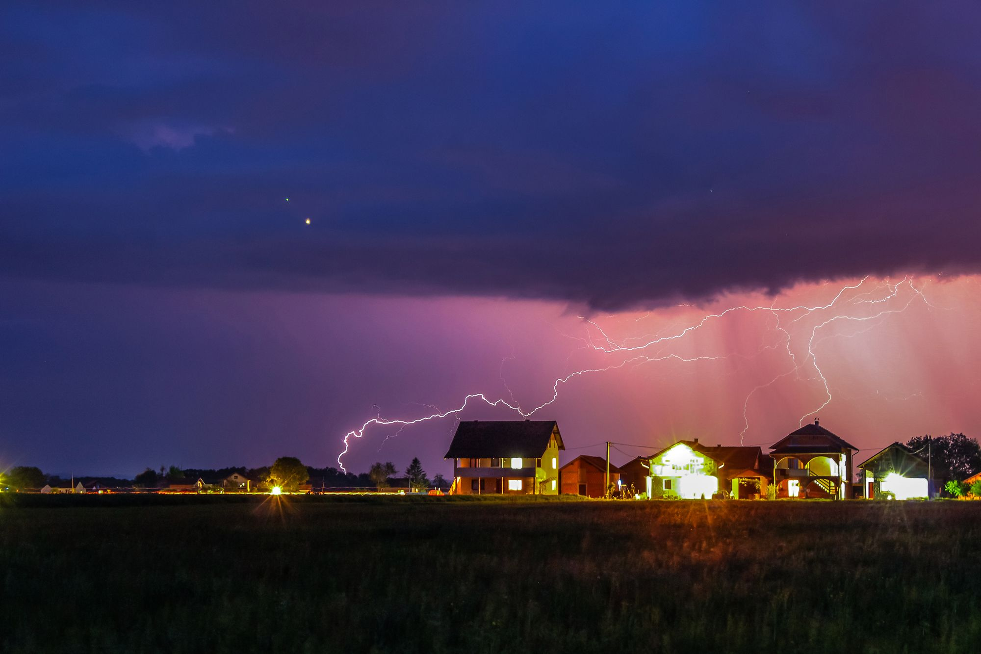 Here's Why You Should Never Shower or Do Dishes During a Thunderstorm or Hurricane