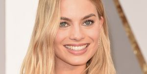 Margot Robbie is totally unrecognisable in her role of Queen Elizabeth I ​