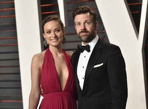 beverly hills, ca   february 28  actress olivia wilde l and actor jason sudeikis arrive at the 2016 vanity fair oscar party hosted by graydon carter at wallis annenberg center for the performing arts on february 28, 2016 in beverly hills, california  photo by john shearergetty images
