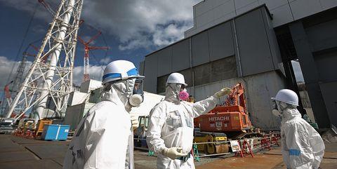 Blue-collar worker, Industry, Construction, Construction worker, Engineering, Engineer,