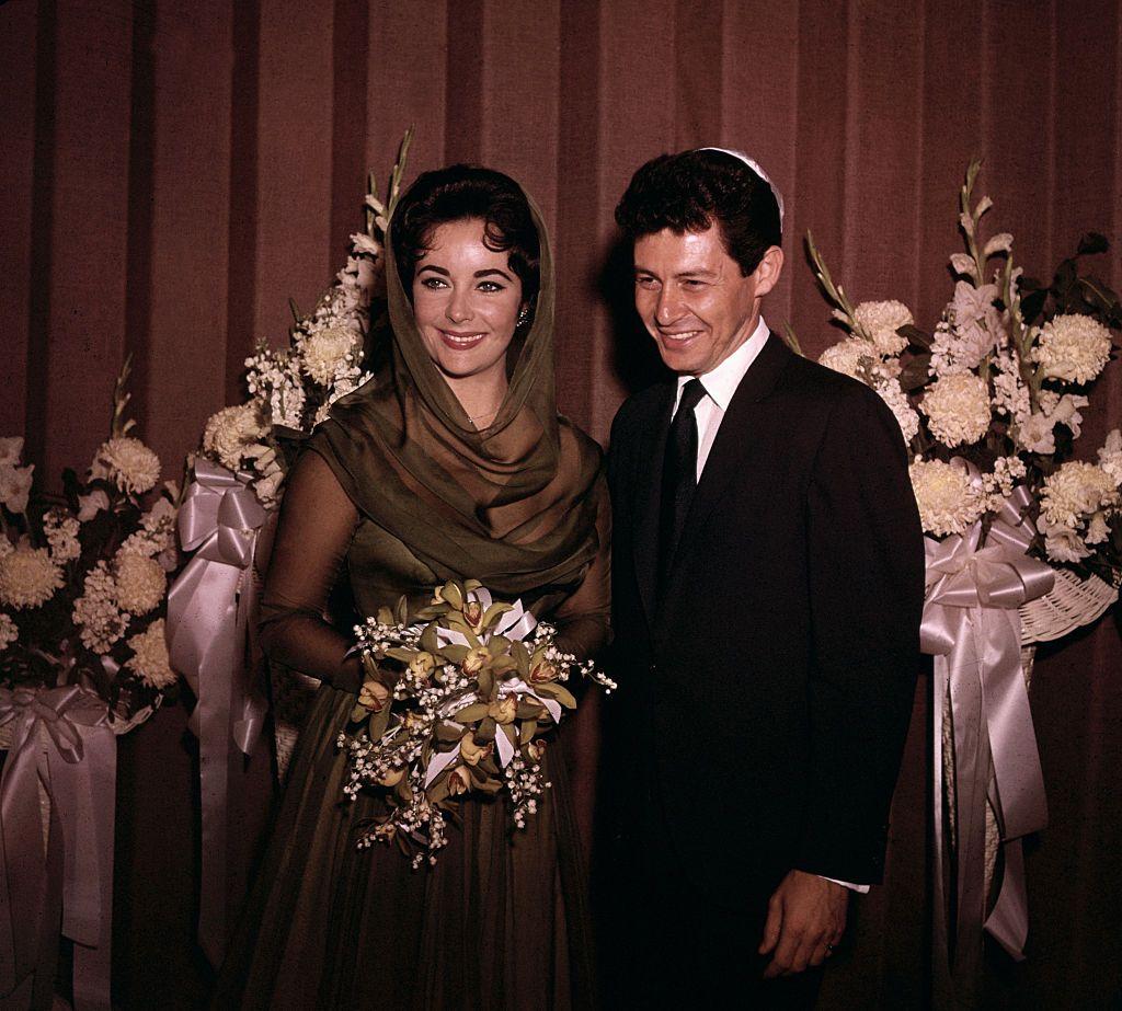Nel 62 sposa Jean Seberg, lattrice americana di Bonjour tristesse, La moglie, lattrice Jean Seberg, è alle prese con un film hollywoodiano, e Gary trascorre.