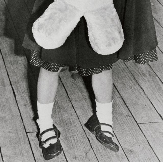 White, Photograph, Black-and-white, Child, Snapshot, Monochrome, Photography, Monochrome photography, Outerwear, Leg,