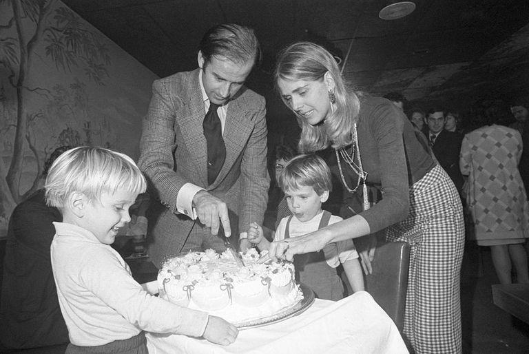 Joe with Neilia, Hunter, and Beau in November of 1972