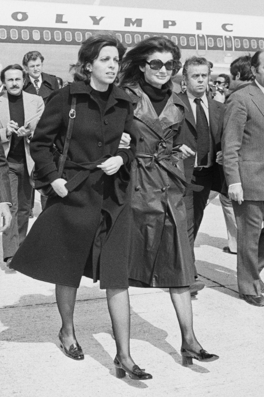1975: Block Heels