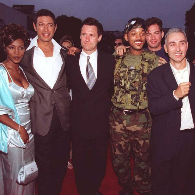 """westwood,   the cast and director of the movie """"independence day"""" l  r vivica fox, jeff goldblum, bill pullman, will smith, harry connick jr, director roland emmerich, and margaret colin pose for photographers at the premiere of their movie 25 june at the mann village theatre in westwood, los angeles                   afp photo  jeff haynes photo credit should read jeff haynesafp via getty images"""