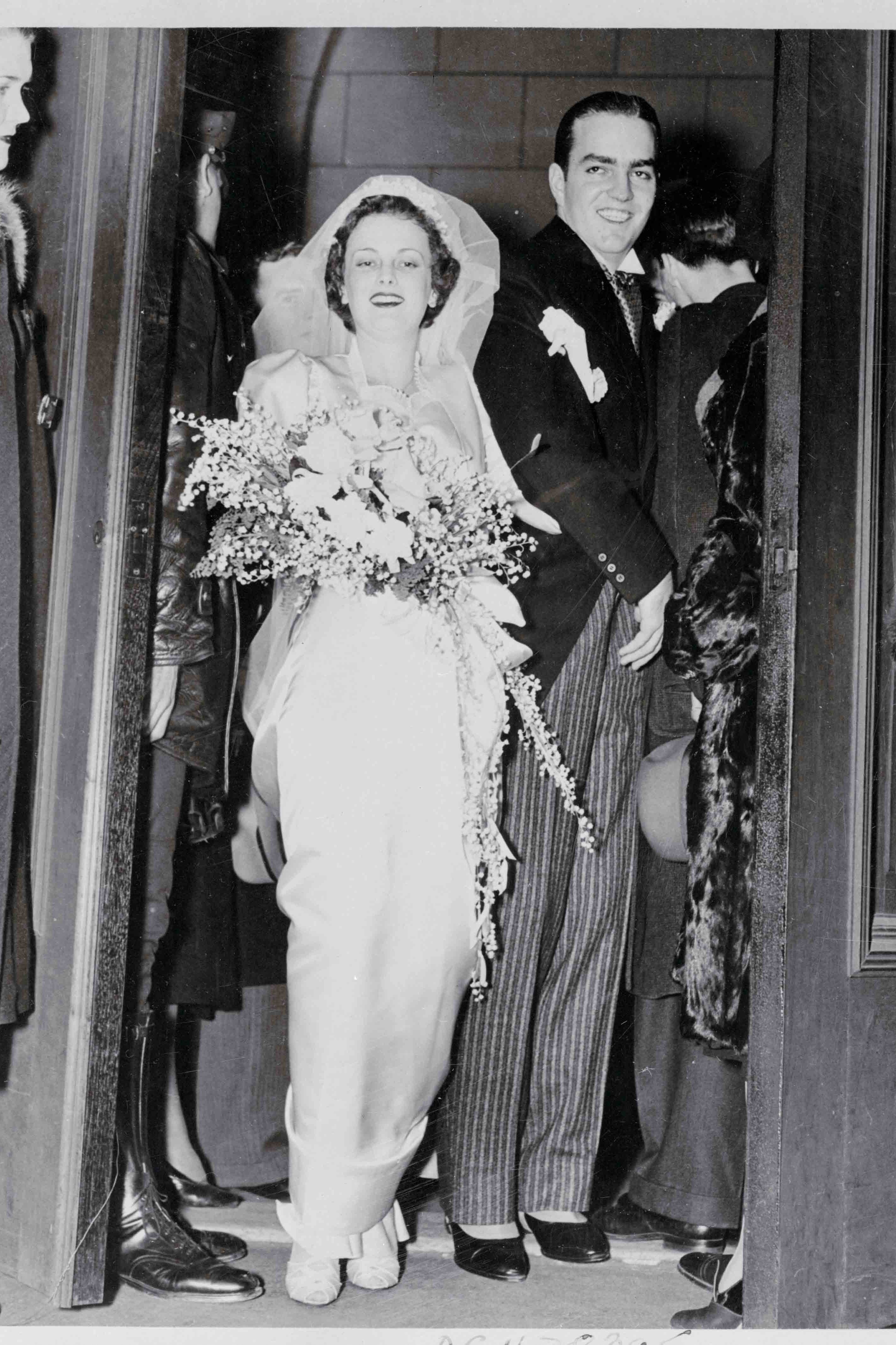 Miss Catherine Wood Campbell's Wedding Dress In what was called Atlanta's wedding of the year, Catherine Wood Campbell married Randolph Apperson Hearst in 1938. Catherine was the only daughter of Morton Campbell, a wealthy telephone company executive while Randolph was the son of William Randolph Hearst, a media mogul (full disclosure: Marie Claire is a subsidiary of The Hearst Corporation).
