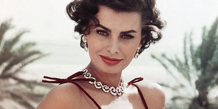 Fashion Inspiration From Sophia Loren Sophia Loren S Bombshell Style