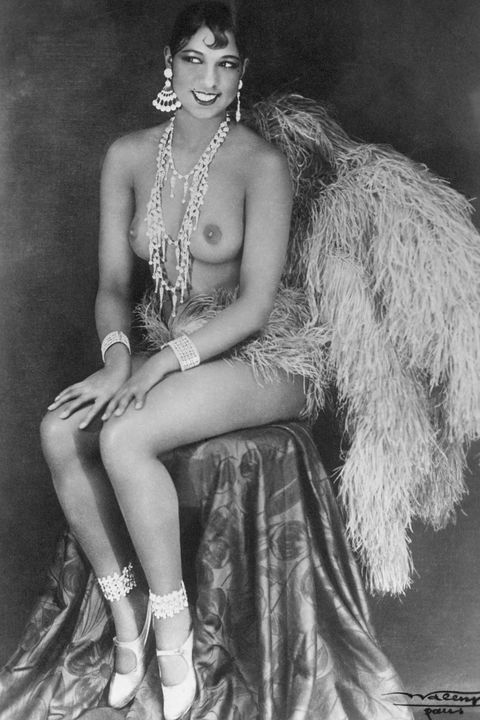 josephine baker , topless , josephine baker topless, feathers, ballet slippers, josephine baker showgirl, portrait, showgirl portrait , photography session