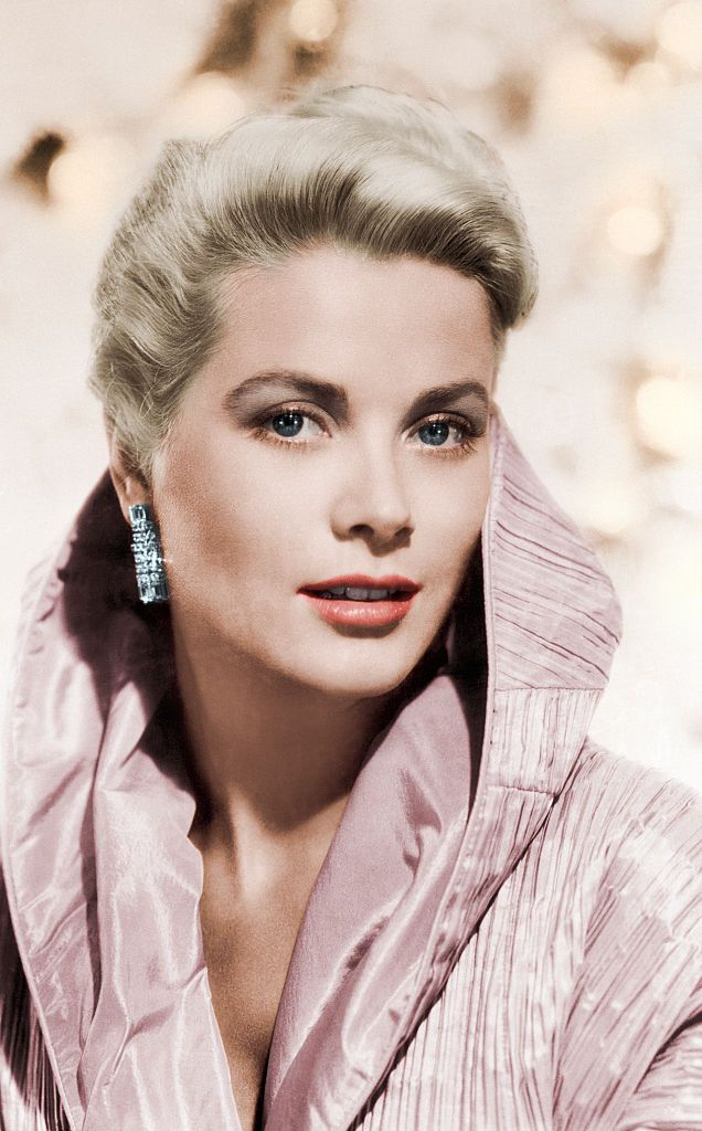 Grace Kelly's Wardrobe Will Go On Display At The Christian Dior Museum