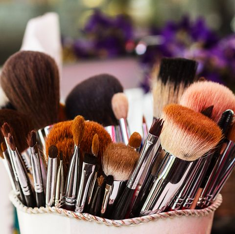 how to build a professional makeup kit  makeup kit essentials