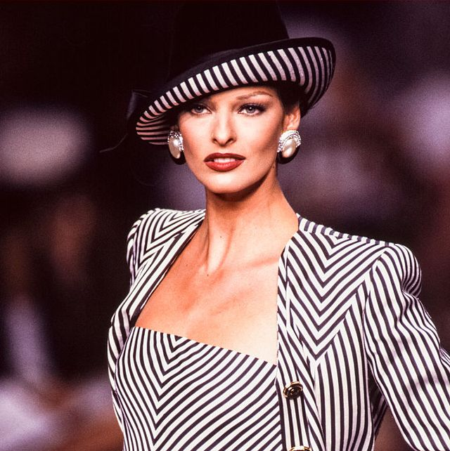 paris, france   july linda evangelista walks the runway at the valentino haute couture fallwinter 1992 1993 fashion show during the paris fashion week in july, 1992 in paris, france photo by victor virgilegamma rapho via getty images