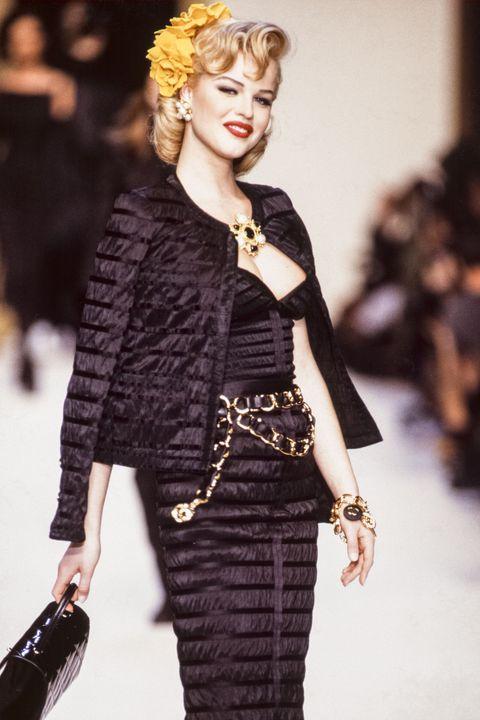 Chanel - Runway - Ready To Wear Fall/Winter 1992-1993