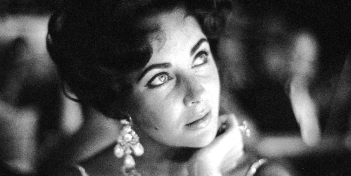 926226d5051 30 Facts About Elizabeth Taylor–Elizabeth Taylor's Secret Moments