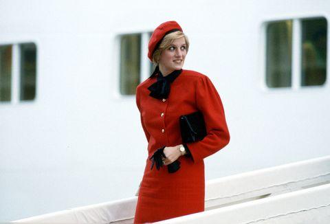 Red, Orange, Fashion, Design, Outerwear, Street fashion, Coat, Coquelicot, Winter,