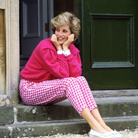 Pink, Green, Blond, Street fashion, Sitting, Fashion, Pattern, Design, Leisure, Footwear,