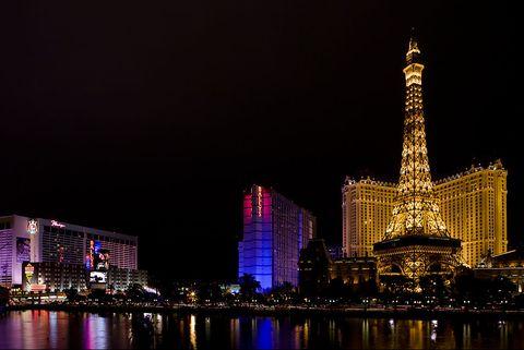 Metropolitan area, City, Night, Landmark, Cityscape, Metropolis, Urban area, Skyline, Human settlement, Tower,