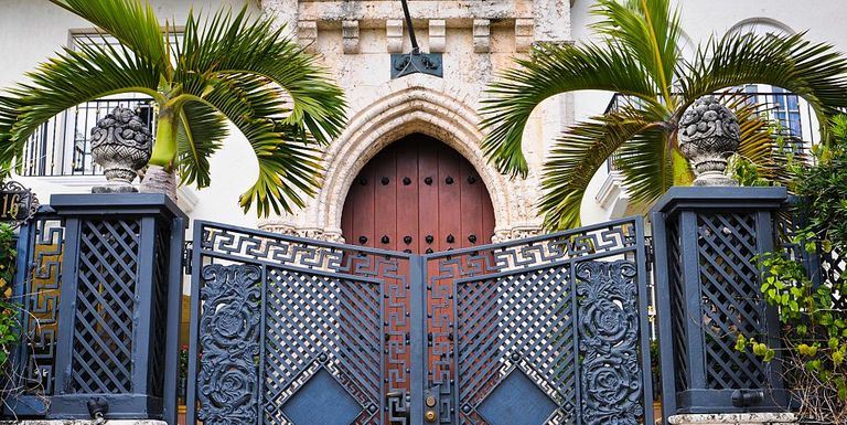 7 Haunting Versace Mansion Secrets Gianni Versace