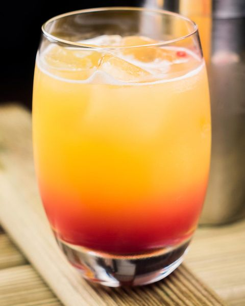 Drink, Juice, Alcoholic beverage, Non-alcoholic beverage, Cocktail, Food, Ingredient, Distilled beverage, Whiskey sour, Rum swizzle,