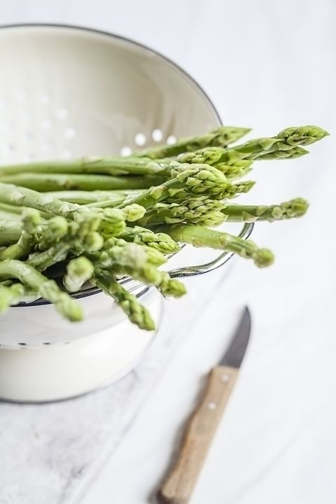 Asparagus, Food, Vegetable, Plant, Asparagus, Ingredient, Produce, Leaf vegetable, Dish, Cuisine,