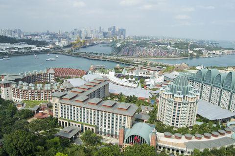 Metropolitan area, City, Urban area, Water resources, Waterway, Aerial photography, Neighbourhood, Cityscape, Metropolis, Residential area,