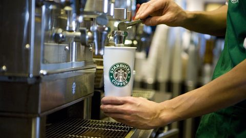 USA - Food - Starbucks Introduces Low Calorie Products