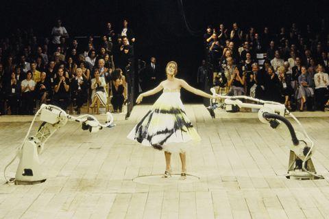 Alexander McQueen Spring 1999 RTW