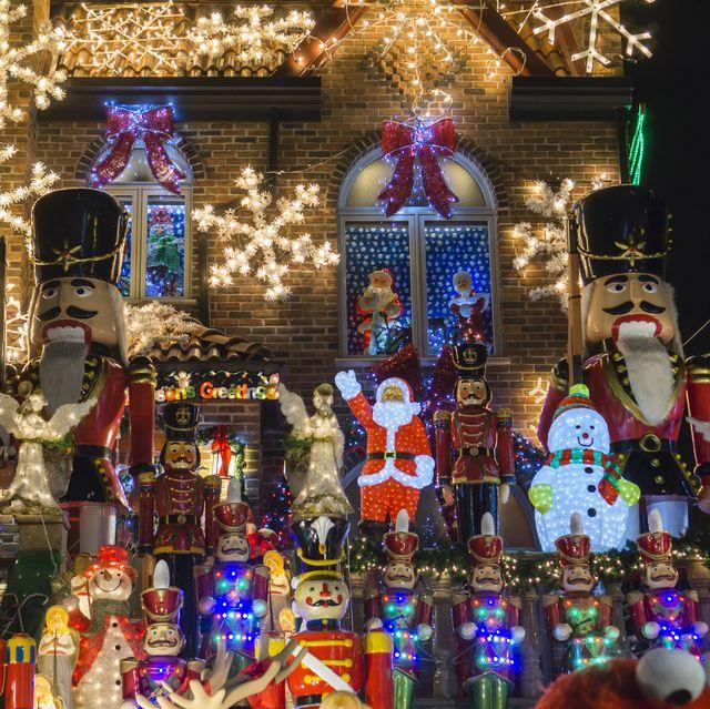 Light Day Start Sax Fifth Ave Nyc Christmas Tree Lighting 2020 29 Best Christmas Light Displays   Drive Thru Christmas Lights 2020